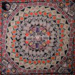 روسری ابریشم سودا رنگی  زمینه مشکی گیسپوش