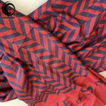 شال موهر قرمز سرمهای برند ورساچه گیسپوش